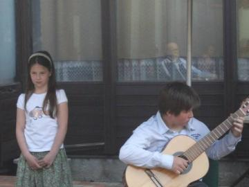 terasznyito-gitarkoncert11.jpg