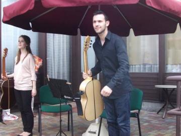 terasznyito-gitarkoncert06.jpg