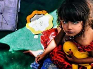 03_afgan_menekult_kislany.jpg