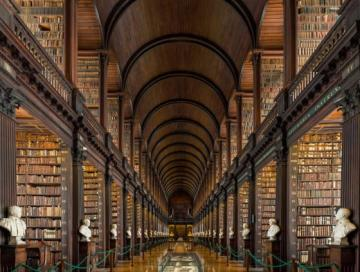 04_long_room_trinity_college.jpg