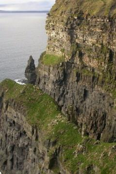 08_ireland_cliffs_of_moher.jpg