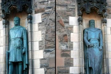 04_robertbruce_and_williamwallace_edinburgh.jpg