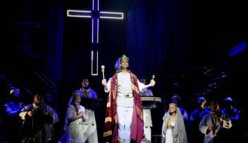 István, a király 98