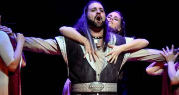 István, a király 64