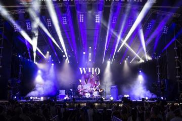 A dán WhoMadeWho indie-rock együttes koncertje (Mónus Márton fotója)