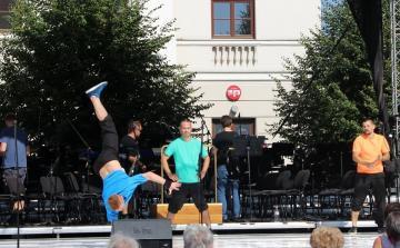 EKF nap a Széchenyi téren 42