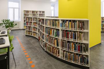 Megújult Kisfaludy Könyvtár első emelet 08