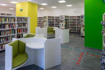Megújult Kisfaludy Könyvtár első emelet 23