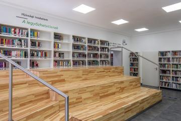 Megújult Kisfaludy Könyvtár első emelet 32