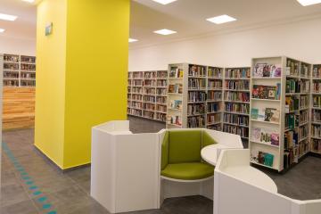 Megújult Kisfaludy Könyvtár első emelet 26