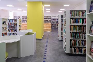 Megújult Kisfaludy Könyvtár első emelet 28