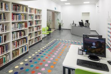 Megújult Kisfaludy Könyvtár első emelet 07