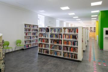 Megújult Kisfaludy Könyvtár első emelet 16
