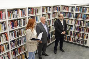 Megújult Kisfaludy Könyvtár első emelet 01