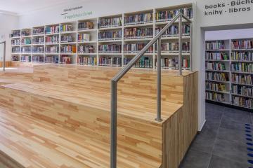 Megújult Kisfaludy Könyvtár első emelet 34