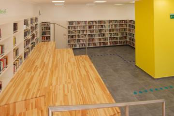 Megújult Kisfaludy Könyvtár első emelet 45