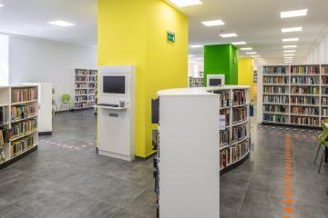 Megújult Kisfaludy Könyvtár első emelet 19
