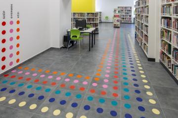 Megújult Kisfaludy Könyvtár első emelet 05