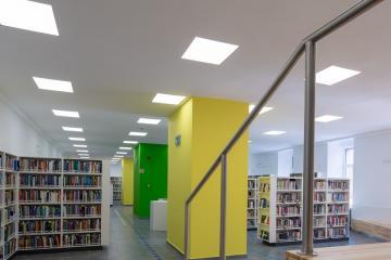 Megújult Kisfaludy Könyvtár első emelet 41