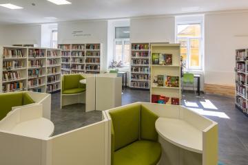 Megújult Kisfaludy Könyvtár első emelet 29