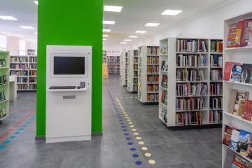 Megújult Kisfaludy Könyvtár első emelet 20