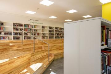 Megújult Kisfaludy Könyvtár első emelet 31