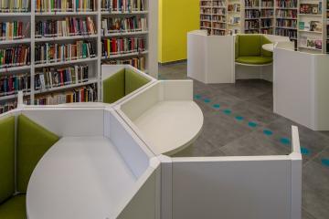 Megújult Kisfaludy Könyvtár első emelet 24