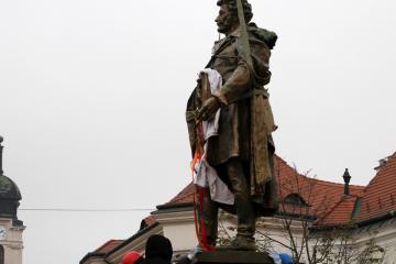 Kisfaludy-szobor 17