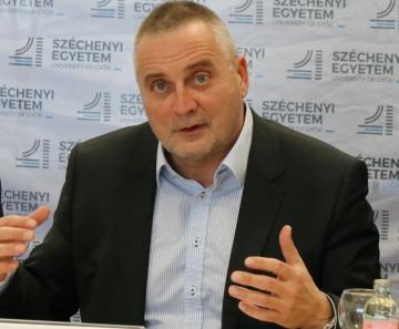 Széchenyi Egyetem - Uniós fejlesztések 02