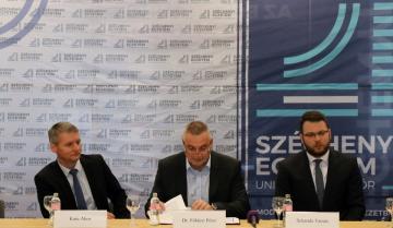 Széchenyi Egyetem - Uniós fejlesztések 01