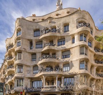 Antoni Gaudí Barcelonája 01