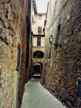 Volterra 06