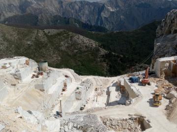 Carrara 01