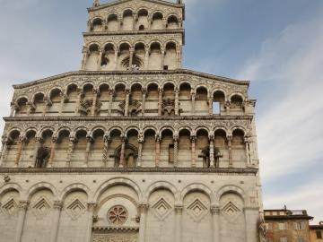 Lucca 02