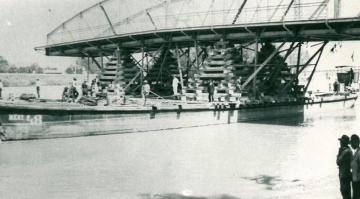 A győri Rábca-híd áthelyezése 09