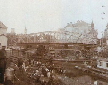 A győri Rábca-híd áthelyezése 06