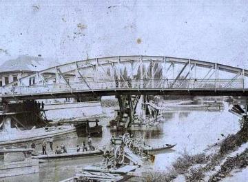 A győri Rábca-híd áthelyezése 05