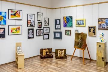 06 Képzőművészeti kiállítás