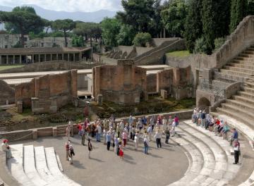 Megkezdődött az ásatás Pompeji romjainál 16