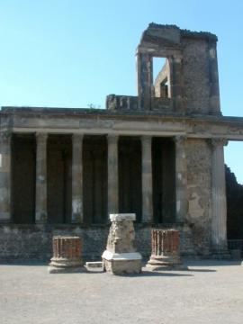 Megkezdődött az ásatás Pompeji romjainál 05
