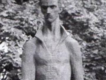 A győri Petőfi-szobor az Eötvös parkban