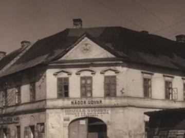 Élet az egykori újvárosi Nádor szállóban