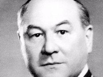 125 évvel ezelőtt született Apor Vilmos püspök