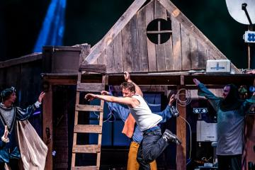 Magyarock Dalszínház: A padlás 18
