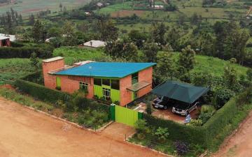 17 Faluház, Ruanda