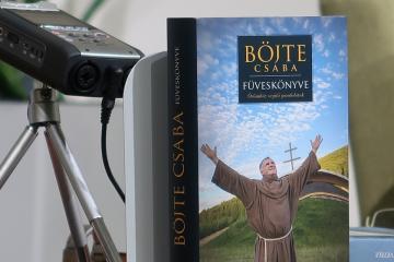 Hogy született Böjte Csaba füveskönyve 08