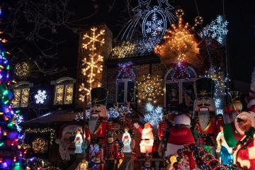 Dyker Heights 24