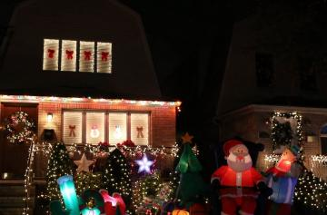 Dyker Heights 09