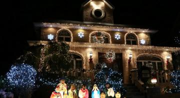Dyker Heights 05