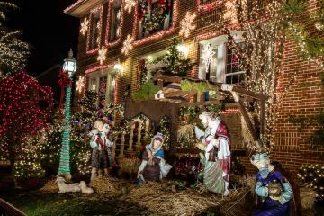 Dyker Heights 30
